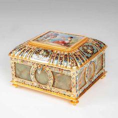 A magnificent onyx casket with cloisonné and porcelain paint