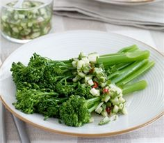 Broccolini® Baby Broccoli with Cucumber and Chilli Sauce