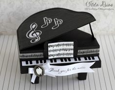 3D Piano Treat Box - SVG Cut file - Cut on the Silhouette Cameo