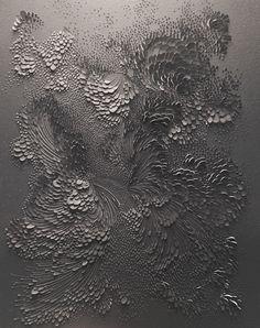Bas-relief // Aqualaque sur papier aquarelle grain satiné // Lauren Collin