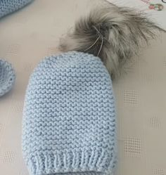 No Easier Than This Beret - My Recommendations Gestrickte Booties, Knitted Booties, Knitted Hats, Needle Lace, Baby Knitting Patterns, Beret, Hats For Women, Stylists, Winter Hats
