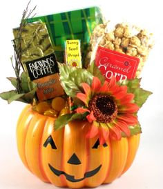 Pumpkin Festival Gourmet Fall or Halloween Gift « Delay Gifts Halloween Gift Baskets, Holiday Gift Baskets, Holidays Halloween, Halloween Treats, Halloween Decorations, Halloween Party, Fall Gifts, Diy Gifts, Homemade Gifts