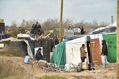 Der provisorische Schulbetrieb im Camp ist jetzt unterbrochen: Mehrere...
