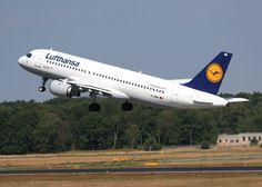شركة لوفتهانزا هي أكبر شركة ألمانية من حيث عدد الركاب وحجم الأسطول تسير رحلات هذه الشركة الألمانية الأصل إلى 18 وجهة داخلية Aviation Air Travel Passenger Jet