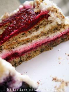 Ich bin dann mal kurz in der Küche: Die LISA Küchenflüsterin über die süßen Seiten des Lebens: Haselnusstorte ohne Mehl aber mit Himbeerfüll...