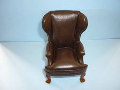 JIA YI DOLLS HOUSE BROWN LEATHER WINGED CHAIR12TH SCALE NEW | eBay