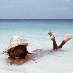 Apodyoopsis summer vibes в 2019 г. beach pictures, beach photos и beach. Beach Foto, Beach Bum, Summer Beach, Summer Vibes, Summer Travel, Sunny Beach, Baby Beach, Girl Beach, Vacation Travel