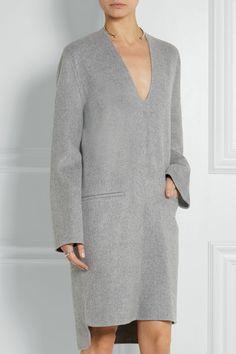 Gray wool and cashmere-blend Slips on 85% wool, 15% cashmere Dry clean Designer color: Grey Melange