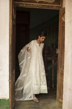 Long Jacket Dresses, Nida Azwer, Silk Pants, Long Jackets, Pure White, Pure Silk, Fashion Dresses, Long Frock, Sari