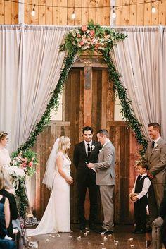 Family Ties: Woodland Wedding at Sodo Park    Photography: Ryan Flynn Photography