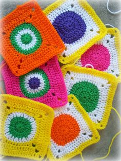 Circles in Squares: Baby Groovyghan CAL(4) - Free crochet pattern.