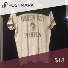 58b616392 Unisex vintage look NFL Green Bay packers T-shirt Unisex women s M L.