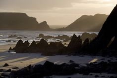 Late afternoon sun at Marloes Sands, Pembrokeshire by Earthwatcher, via Flickr