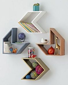 5 Alert Tips AND Tricks: Floating Shelf With Hooks Mud Rooms white floating shelves.Floating Shelves Different Sizes Design small floating shelf decor. Wooden Shelf Design, Wall Shelves Design, Wall Shelving, Wood Shelf, Unique Wall Shelves, Corner Wall Shelves, Living Room Shelves, Living Rooms, Unique Home Decor