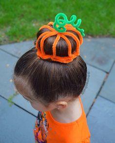 halloween hairstyle New: hairstyle little girls for halloween Little Girl Hairstyles Girls hairstyle halloween Wacky Hair Days, Hair Trends, Short Hair Styles, Long Hair Styles, New Hair, Bob Haircut For Girls, Hairstyle, Hair Styles, Hair Dos