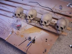Painting cheap plastic skulls to give them more appeal  - tutorial