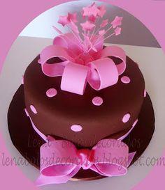 Lena bolos decorados aniversrio de 30 e 33 anos ideias para 18 anos com marrom e rosa altavistaventures Images