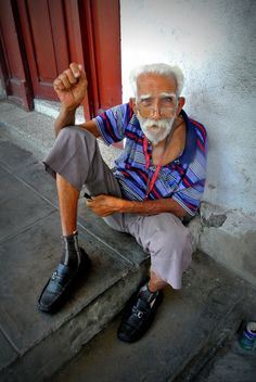 Faces of Cuba - he was once an excellent phlebotomist. Cienfuegos, Cuba.