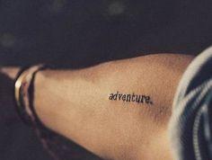 Le meilleur tatouage minimaliste, trouvez votre prochain modèle!
