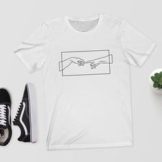 Michelangelo Creation Tee Printed T-Shirt Website Name - Damenmode Broderie Simple, Aesthetic T Shirts, Direct To Garment Printer, Printed Shirts, Shirt Style, T Shirts For Women, Couture, How To Wear, Fashion Dresses