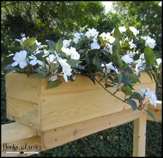 Standard Cedar Rail Top Flower Box 32""