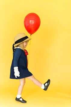 These easy DIY Halloween costumes are a total treat (no tricks! Classic Halloween Costumes, Homemade Halloween Costumes, Diy Halloween Costumes For Kids, Easy Costumes, Toddler Costumes, Girl Costumes, Halloween Party, Costume Ideas, Pirate Costumes