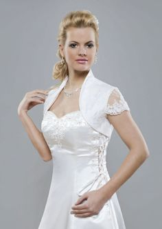 White Short Sleeves Applique Wedding Jacket