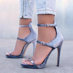Nice high heel Shoes ❤❤♥For More You Can Follow On Insta @love_ushi OR Pinterest @ANAM SIDDIQUI ♥❤❤