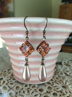 Vintage Czech glass earrings featuring 10mm square rosaline pink jewel plus vintage peach glass pearls.  Tilliegirlstudio
