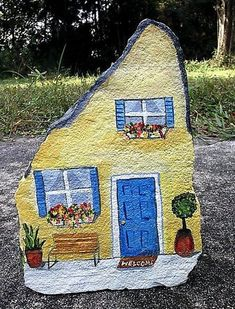 Handpainted rock house doorstop | simple rock painting idea | easy rock painting ideas | how to make painted rocks | painted rocks craft