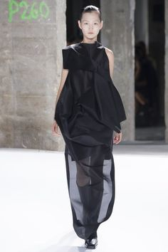 Rick Owens Spring 2017 collection from Paris Fashion Week.