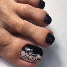 Christmas Nail Designs - My Cool Nail Designs Pedicure Designs, Pedicure Nail Art, Toe Nail Designs, Toe Nail Art, Pedicure Ideas, Pretty Toe Nails, Cute Toe Nails, Pretty Toes, Black Sparkle Nails