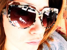 Cecilia Blankens i AltewaiSaome från Synsam, finns i Ringen och Gallerian, Stockholm och Nordstan i Göteborg Stockholm, Wayfarer, Ray Bans, Sunglasses, Eyes, Ring, Style, Fashion, Swag