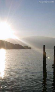 #aiquattroventi - Il tramonto sul lungolago di Arona, in autunno (Piemonte, Italia)