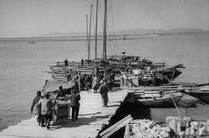 实拍1949国民党撤离南京。evacuating capital Kanking I face of incoming PLA army in Feb 1949.