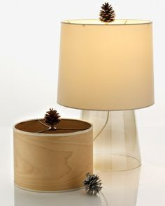 Pinecone Lamp Finial Bring a bit of the forest indoors by decorating a lamp finial with a pinecone, plain or spray-painted silver. Pine Cone Decorations, Indoor Christmas Decorations, Christmas Crafts, Harvest Decorations, Christmas Ideas, Thanksgiving Ideas, Christmas Time, Winter Decorations, Holiday Ideas