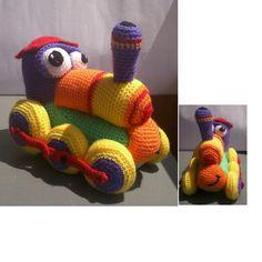 Crochet Car, Crochet Baby Toys, Crochet Animals, Imprimibles Toy Story Gratis, Cute Toys, Yarn Crafts, Crochet Projects, Crochet Patterns, Amigurumi Tutorial