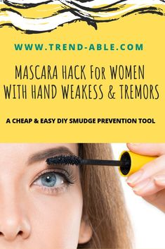 How to put on mascara perfectly with this easy DIY mascara hack. This is the easiest hack to apply mascara without smudging. Mascara Tips, How To Apply Mascara, Applying Mascara, Skin Care Regimen, Skin Care Tips, Skin Tips, Mascara Tutorial, Hormonal Acne, Volume Mascara