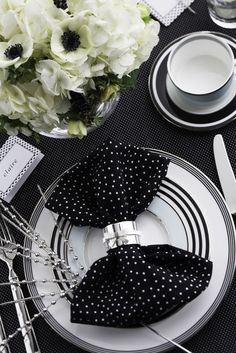 A bridal shower brunch with @kate spade new york style