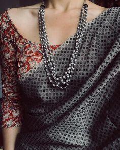 #BestForSummers . . . Plain Kanchi Cotton Paired with Kalamkari Blouse | Jwellery - @pradejewels . . . #ootd #sundaysaregre(y)at…