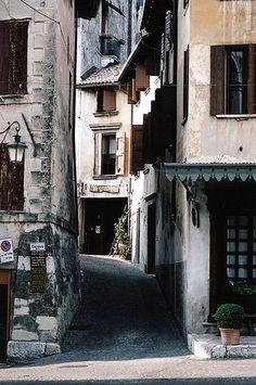 asolo side street 1
