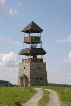 Rozhledna The Lookout Tower - Vojtechov . Tree Tent, Small Castles, Planets Wallpaper, Lookout Tower, Off Grid Cabin, Tower House, Unusual Homes, Canopy Tent, Metal Homes