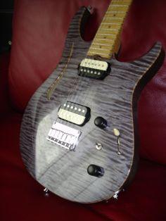 Bruno Traverso Guitars (purple guitar)