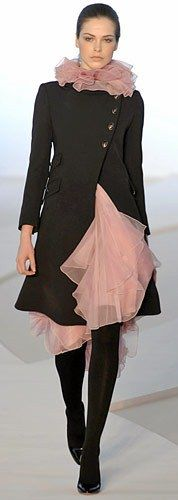 Valentino ♥✤ ( Just had to pin this allthough its not all black...too beautiful to miss)