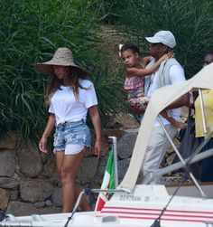 Beyonce, Blue Ivy and Jay-Z back home from vacation