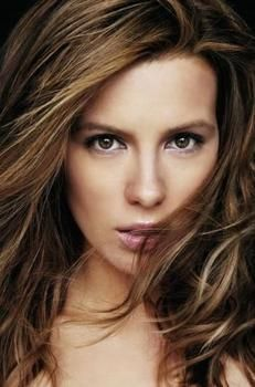 Katee Beckinsale, British actress. Born in the performing arts family, parents are well-known British actors.