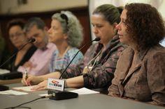 """Mesa-redonda com o tema """"Extensão como espaço de incentivo à inovação"""", coordenada pela Prof.ª Renata Innecco Bittencourt de Carvalho."""
