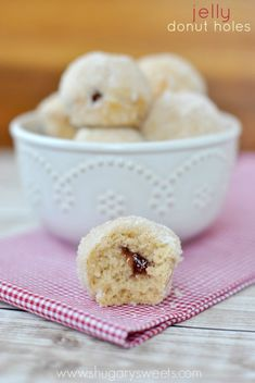 Jelly Filled Donut Holes: so easy to make and better than any donut shop. Make a batch for breakfast today!