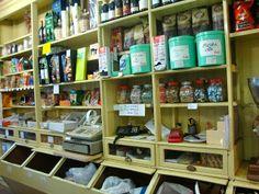 Entremeioslusos: A mercearia Tradicional Portuguesa...