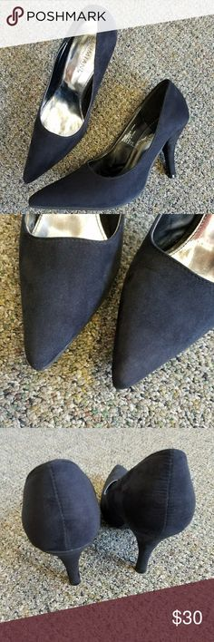 """Lumani Black Suede Heels! Pointy toe, black microsuede, 3.5"""" heels! Worn but with some small marks. Toes in good condition. Some wear on soles. Lumiani International Collection Shoes Heels"""